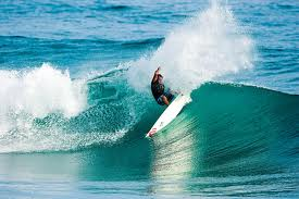 Surfing_sea_spray_resort_elbow_cay